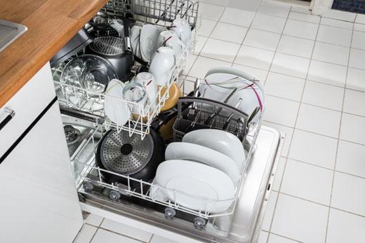 caricare-la-lavastoviglie
