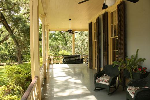 portico-veranda