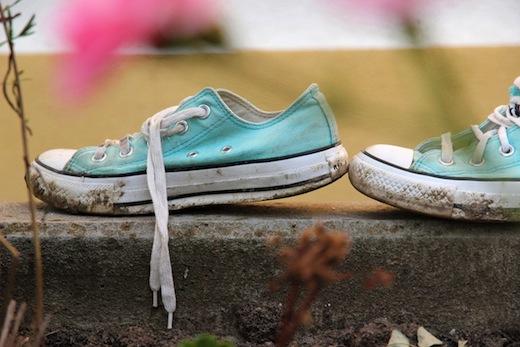 come lavare le scarpe da ginnastica scala
